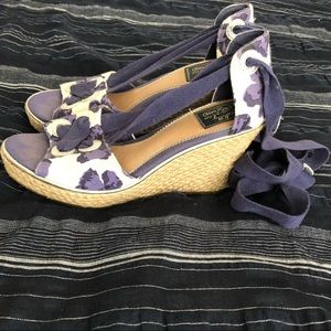Sperrys Floral Blue Navy Lace Up Wedges (7.5)